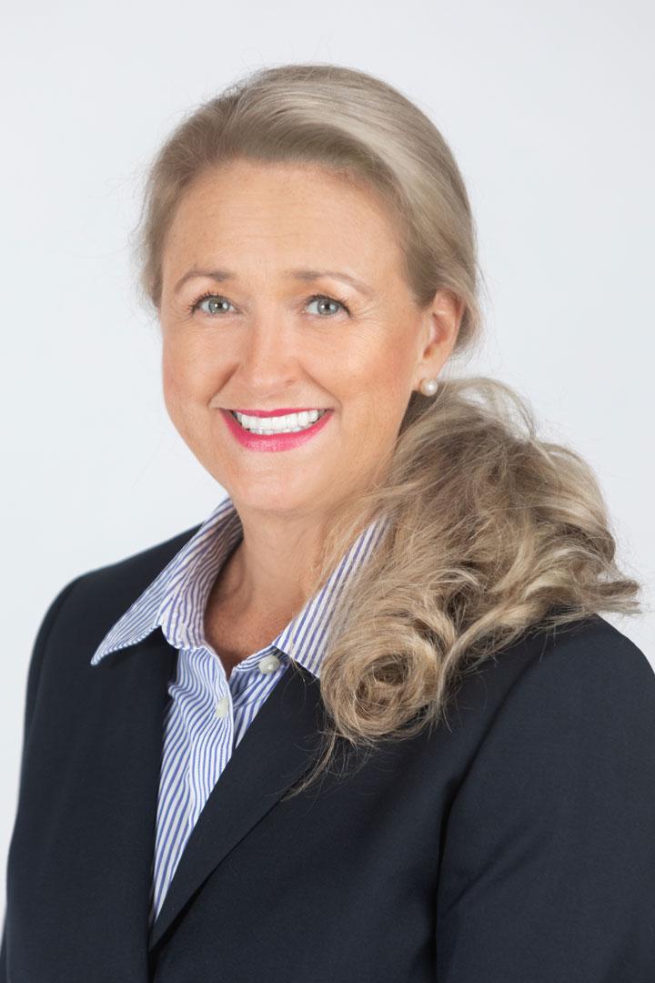 Colleen Harding, etiquette trainer